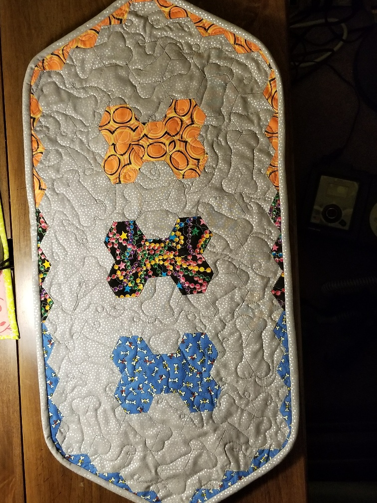 Better Quilting but tired of Dog Bones and One MonthlyGoal